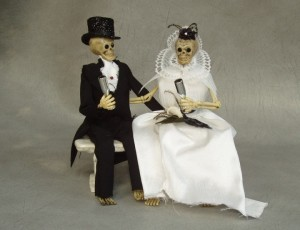 skeleton-wedding-720x553